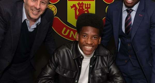 Manchester United think they have completed another transfer coup with Willy Kambwala Image