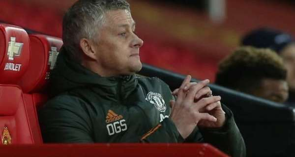 Man Utd boss Ole Gunnar Solskjaer faces 'major problem' as two players demand January exit